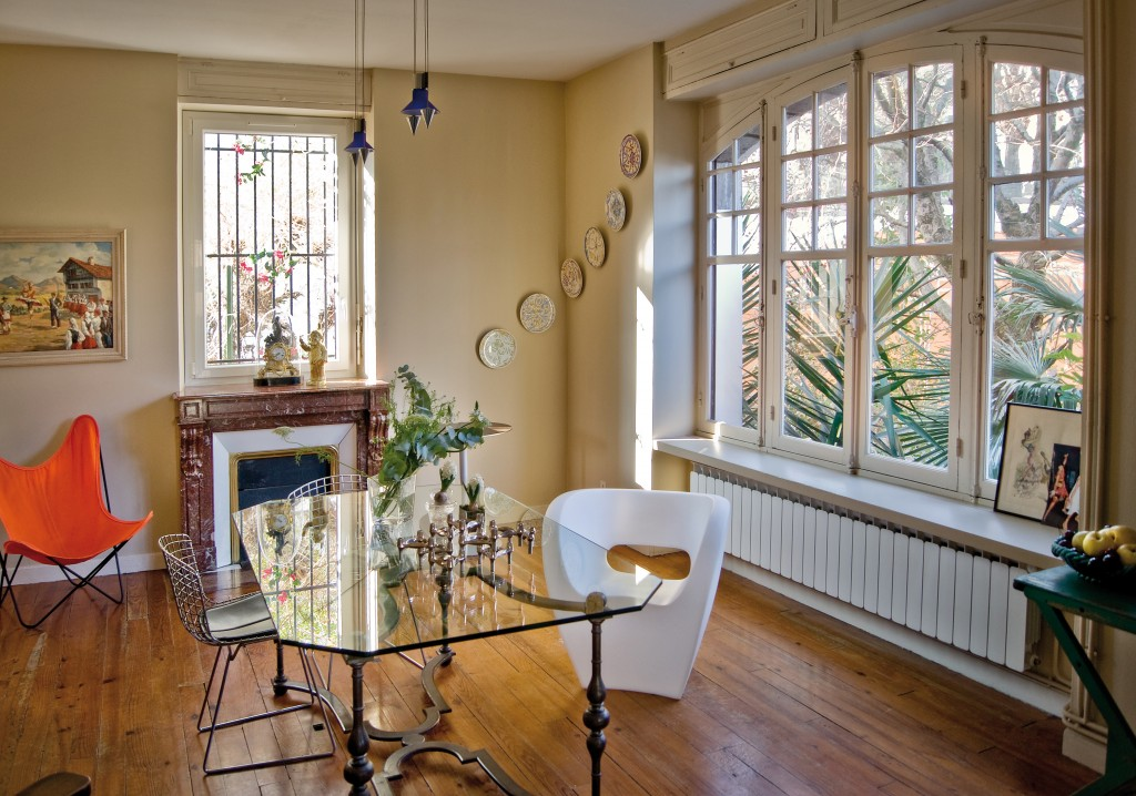 la villa goxodi eder entre charme d 39 antan et modernit de fil en d co. Black Bedroom Furniture Sets. Home Design Ideas