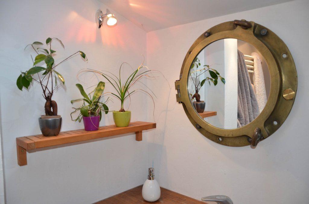 Miroir hublot, salle de bain